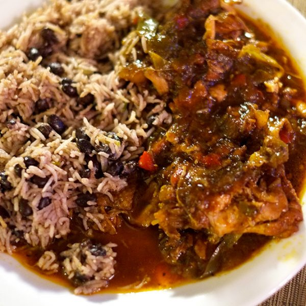 Brown-Stew-Chicken-Plate1